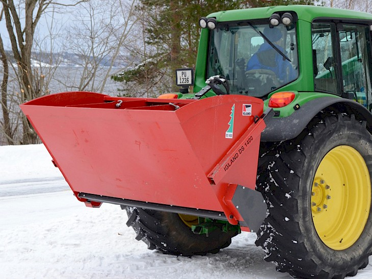 Sand Spreaders For Tractors : Igland ds sand spreader peak equipment
